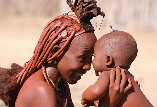 1.1245920317.himba-woman-with-child.jpg