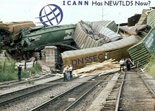 icann-train-wreckt.jpg