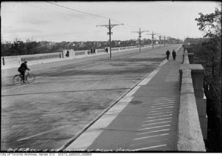 Bloor_Viaduct_opens_Oct-1918x.jpg