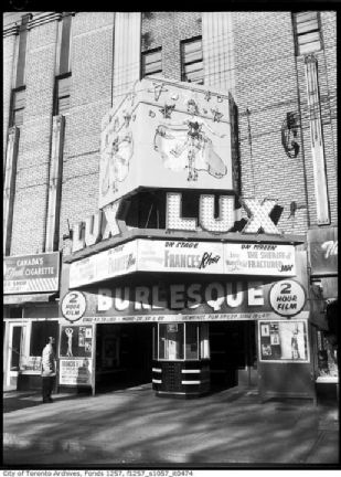Lux_Burlesque_Theatre_on_College_St_Bellevue-1960x.jpg