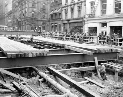 Queen_Yonge_subway_construction-1949x.jpg