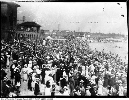 Sunnyside_Beach-1914x.jpg
