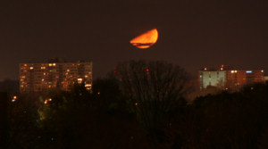 moonset-1t.jpg