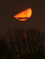 moonset-3t.jpg
