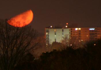 moonset-8t.jpg
