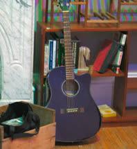 blue_guitart.jpg