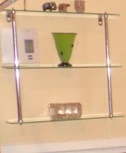 Green_art_glass_cup-1t.jpg