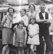 hilda-maggie-thatcher1930st.jpg